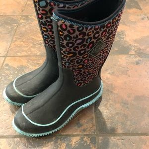 Other - Muck boots size 5